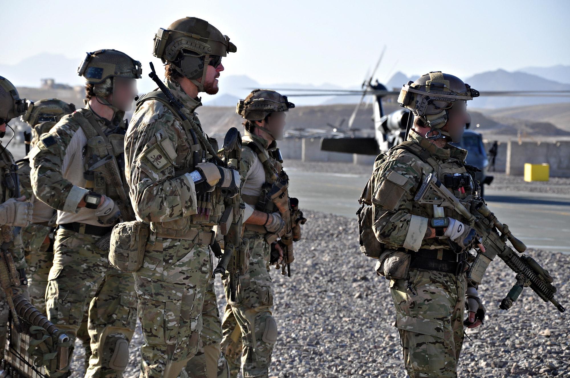 "Two British SAS Soldiers Injured During ""Humanitarian Mission"" In Yemen – Report"