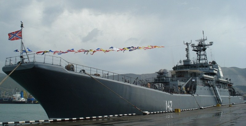 Russia's large landing warship to deliver supplies in Syria