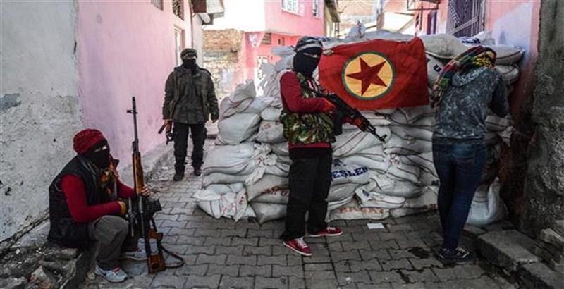 Fresh fighting left 4 killed in Diyarbakir of Turkey