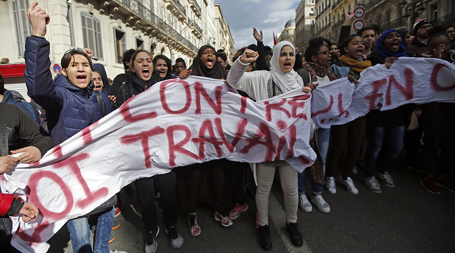 Student Protests Against the French Labor reform Turn Violent (VIDEO)