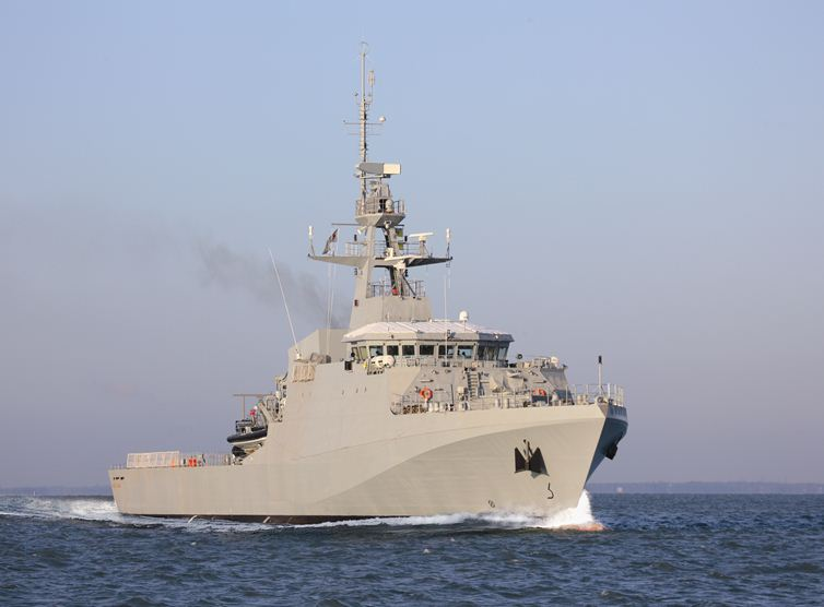 Navy of Brazil and USA Perform Exercises for the Olympics