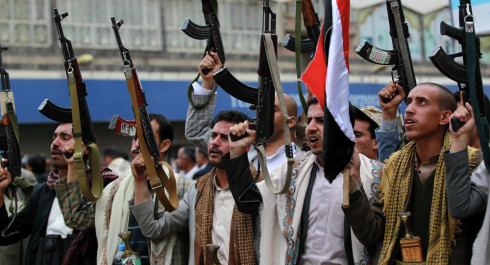 Yemenis and Saudis swap prisoners amid peace talks