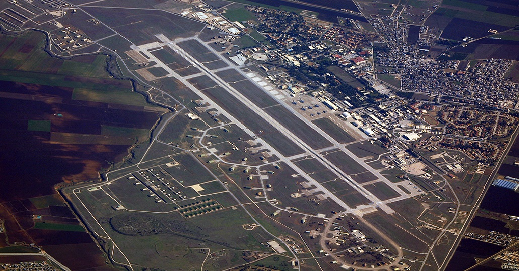Incirlik air base in southeastern Turkey. (image from southfront.org)