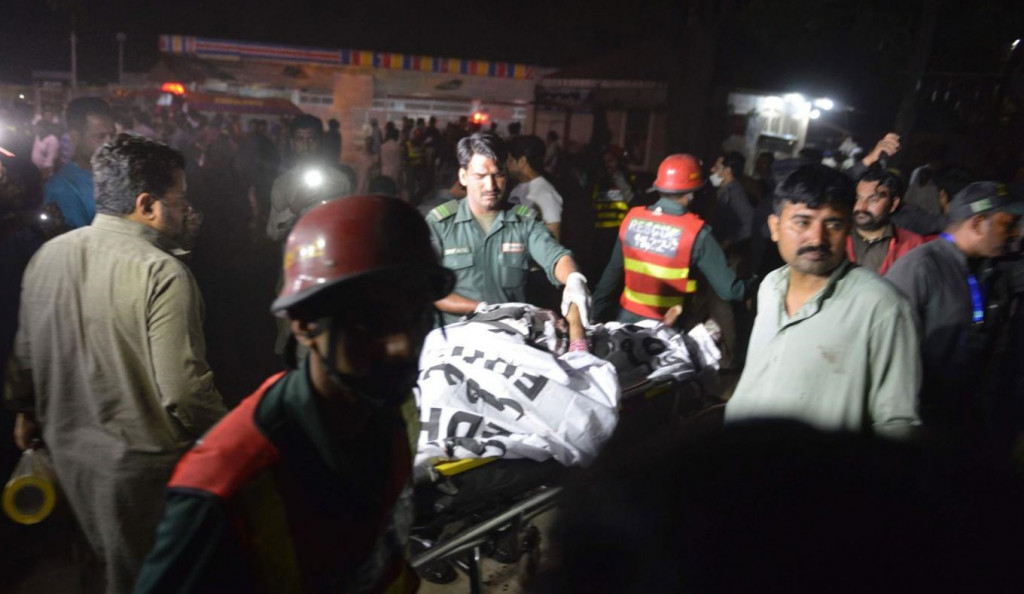 60 killed and at least 150 injured in Lahore, Eastern Pakistan