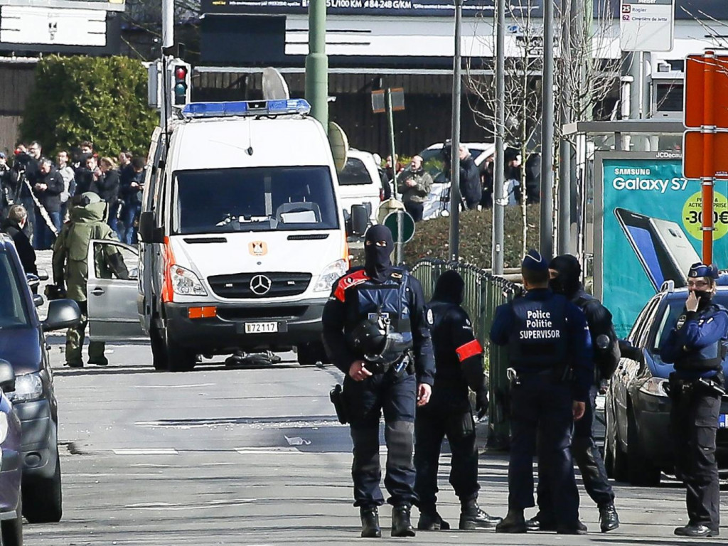 Terror Suspect Carrying Explosives Shot and Arrested in Belgium