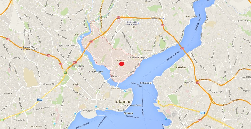 Suicide bomb killed 5 and wounded dozens in Istanbul