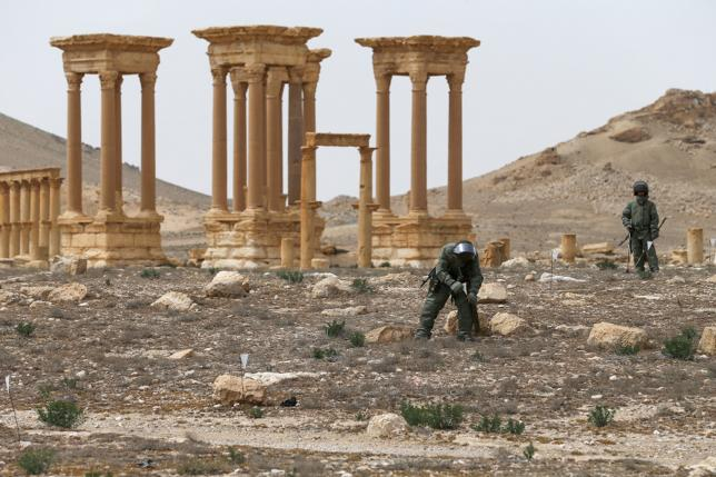 Russian Engineers Seize Ammunition Depot of ISIS near Palmyra