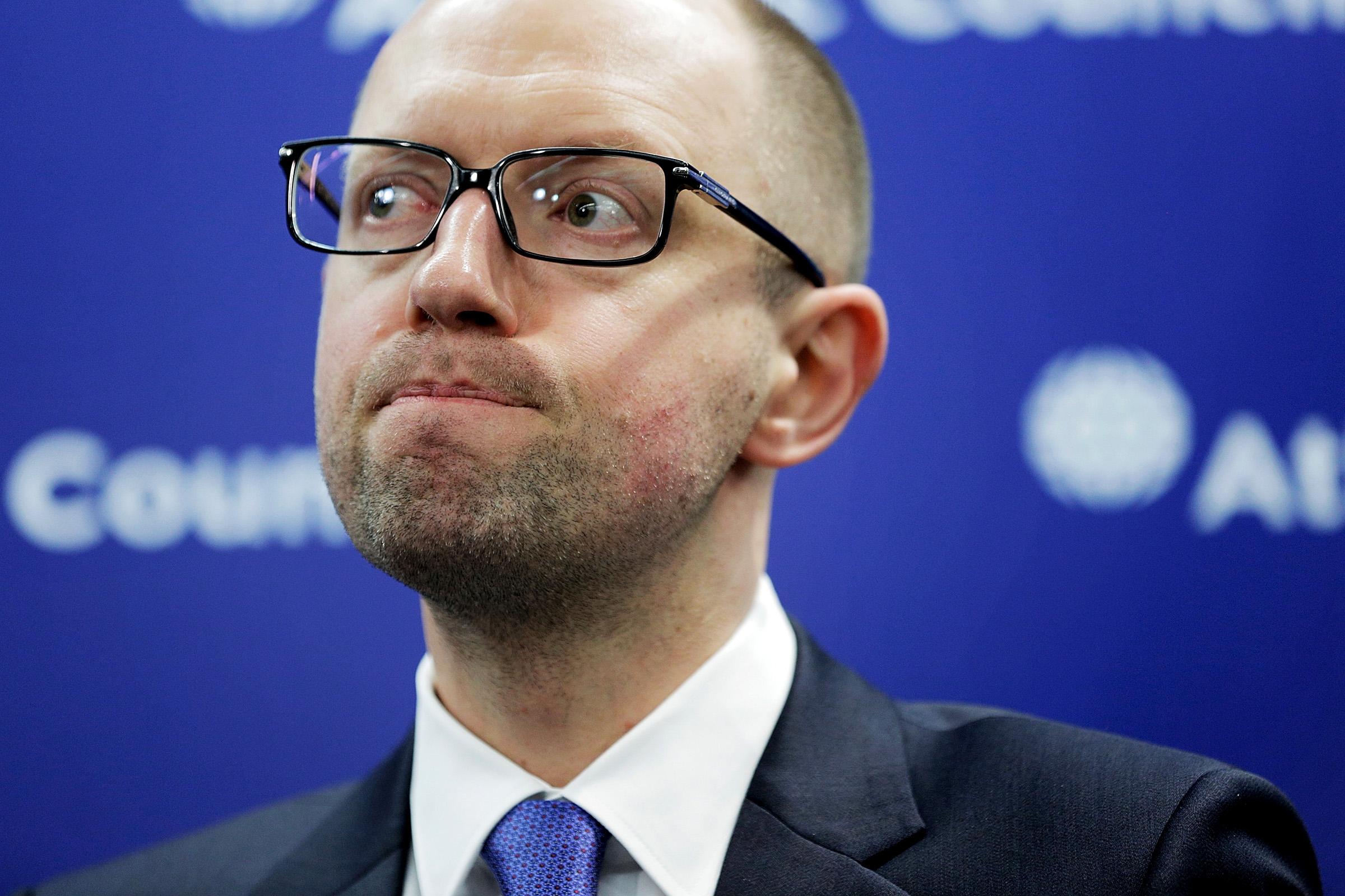 Ukrainian PM Yatsenyuk Steps Down