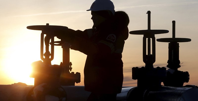 January levels oil production to freeze until October 1, 2016