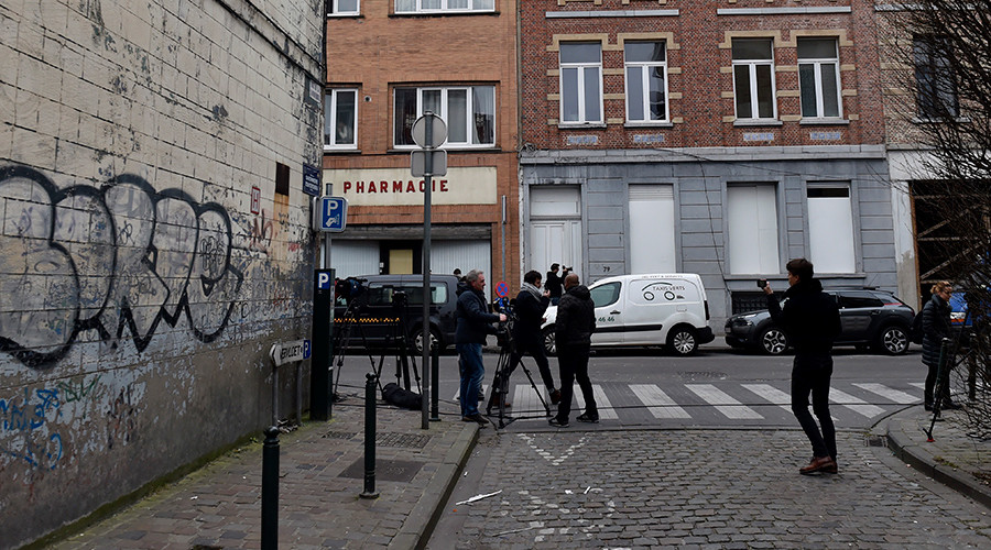 Female Reporter Attacked Live On Air in Brussels' suburb Used as Base by ISIS (VIDEO)
