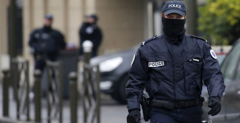 A man fired gunshot from Paris apartment surrendered to the police