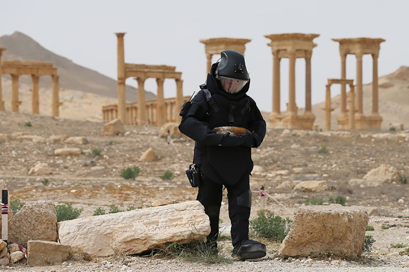 Russian Military Contingent in Syria's Palmyra Serves as Peacekeeping Force