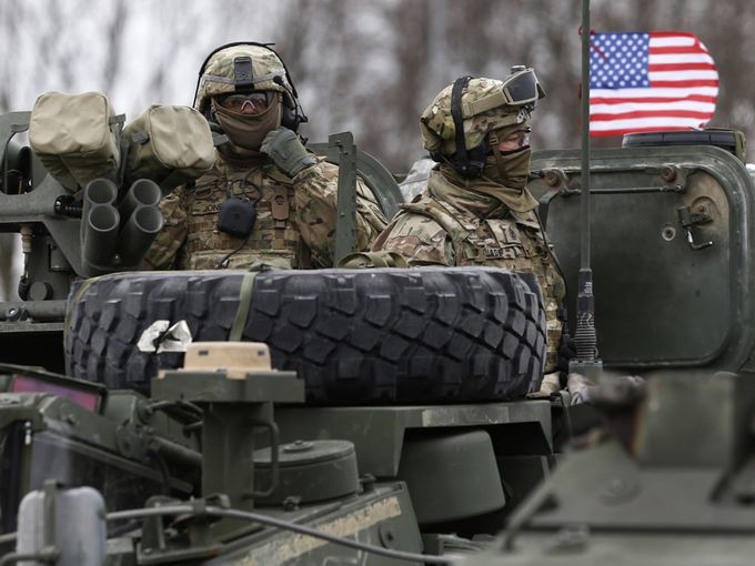 The US deploys more tanks in Eastern Europe
