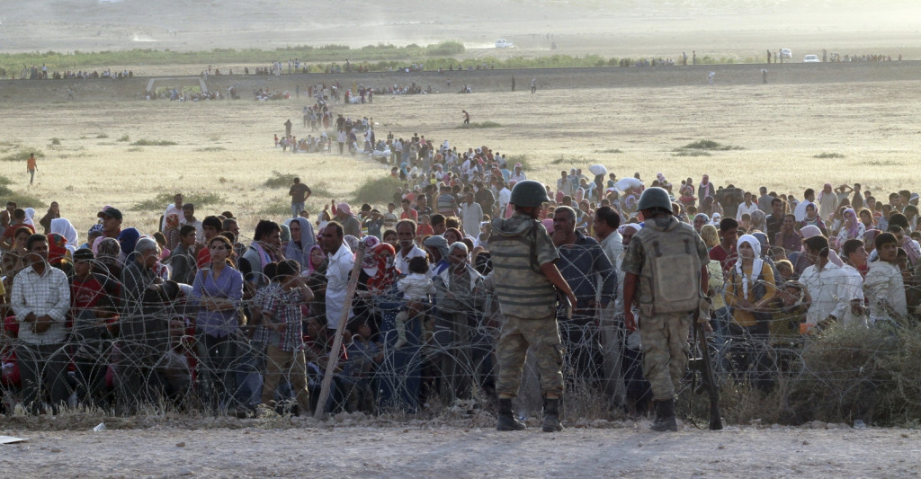 HRW: Turkey Has to Stop Shooting at Syrian Civilians Fleeing ISIS-Controlled Zones