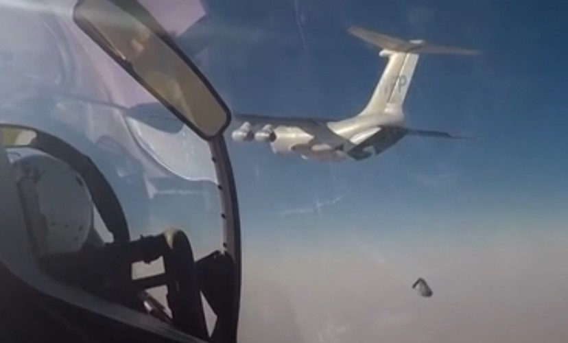 Russian Air Force Assisted to Deliver Humanitarian Aid to Deir Ezzor