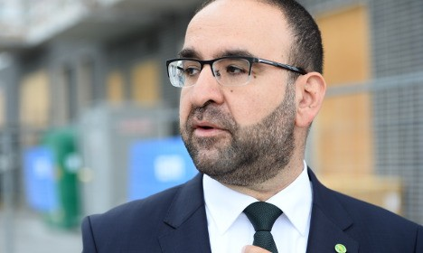 Sweden: Gov't Minister with Jihadi Ties Quits