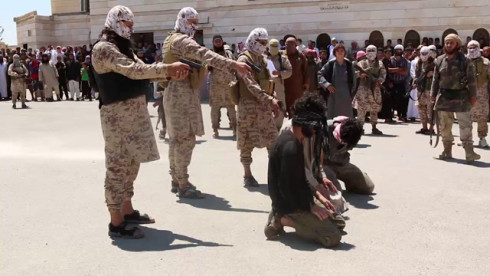 ISIS executes 15 of its own near Syria's Raqqah
