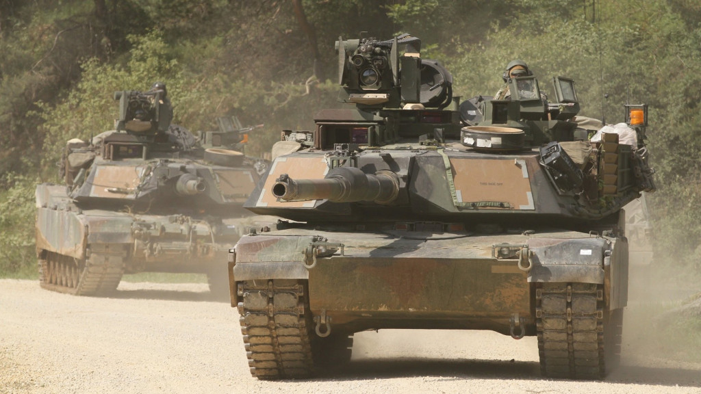 US deploying additional armored brigades to Russian border