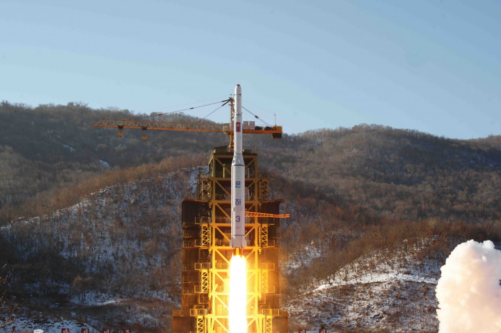 North Korea's fifth nuclear test seen imminent: report