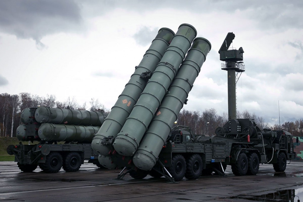Russian S-300 Air Defense System Arrived Iran