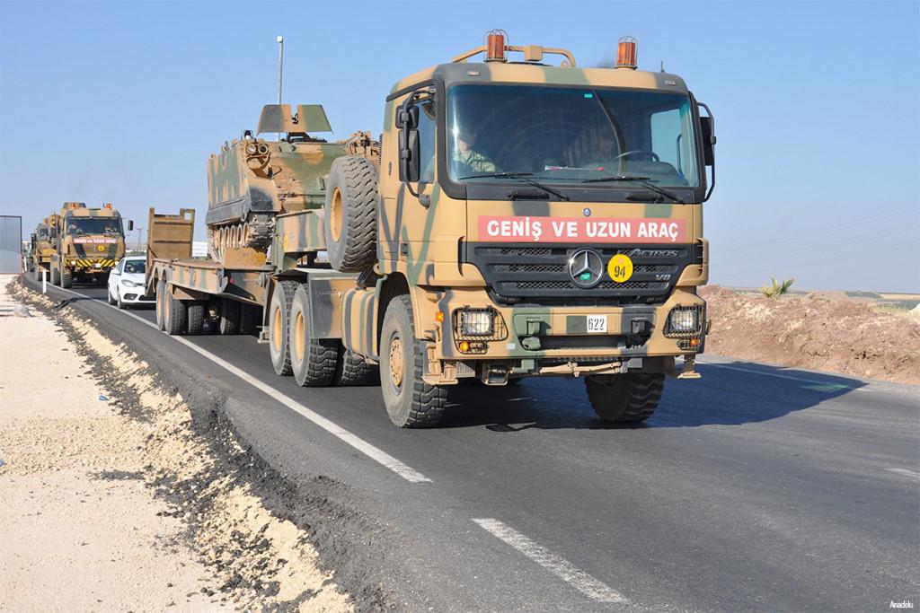 Turkey sends military reinforcements to Turkish-Syrian border