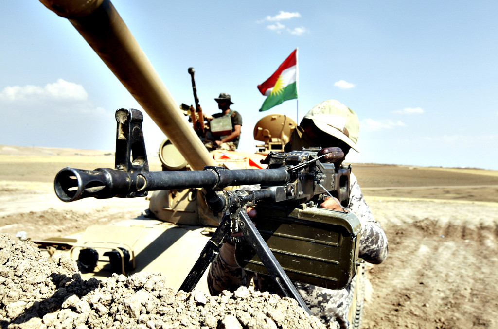 Kurdish Peshmerga Fights ISIS East of Mosul, Iraq