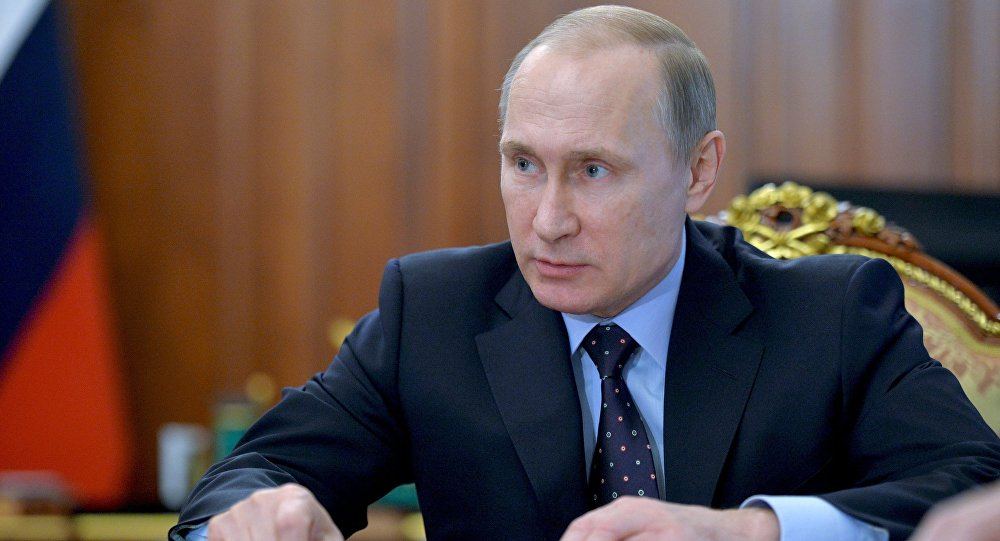 Putin Signs Decree to Lift Sanctions from Turkey