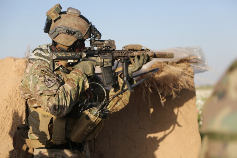 4 US Special Forces Troops Wounded in Clashes with ISIS in Syria