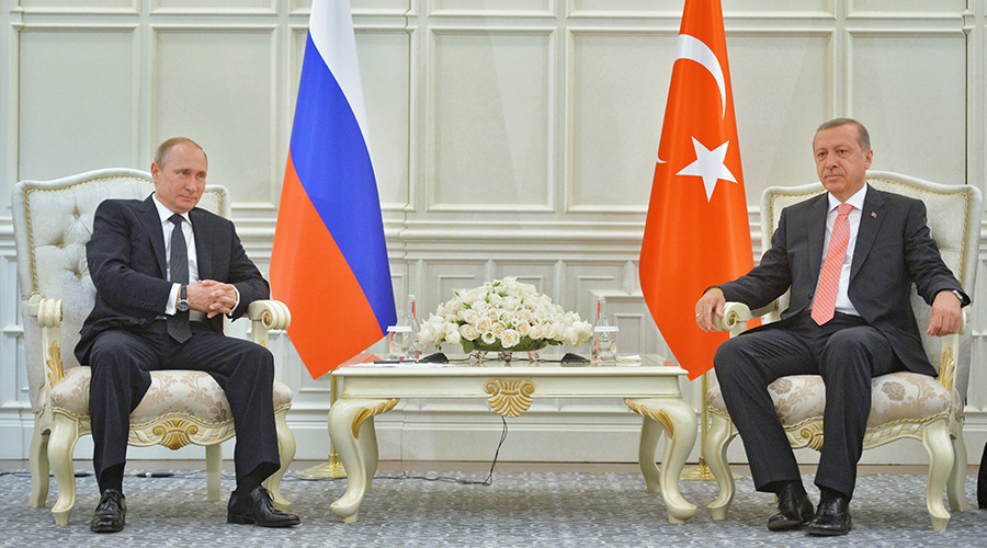 """Russia to Restore Ties with Turkey, Lift Tourism Restrictions despite """"Growing Terror Threat"""""""