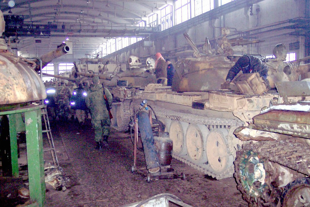 Photoreport: Syrian Army's Battle Tank Repair Plant