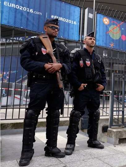 Suspicious package found prior to EURO 2016 Game in Paris. Is this just the beginning?