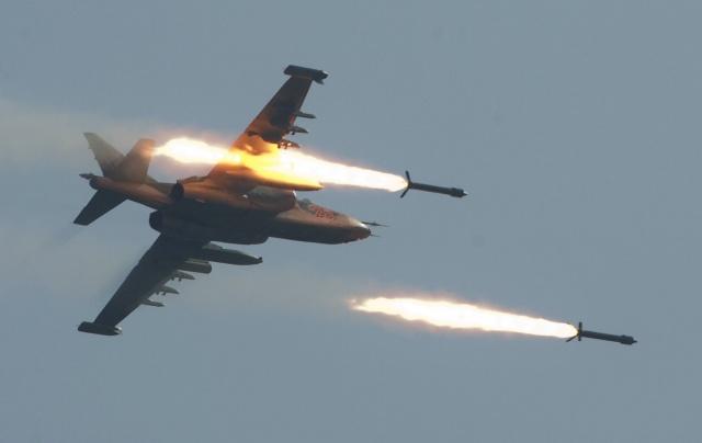 Syrian and Russian Warplanes Heavily Bomb Terrorist in Aleppo Province