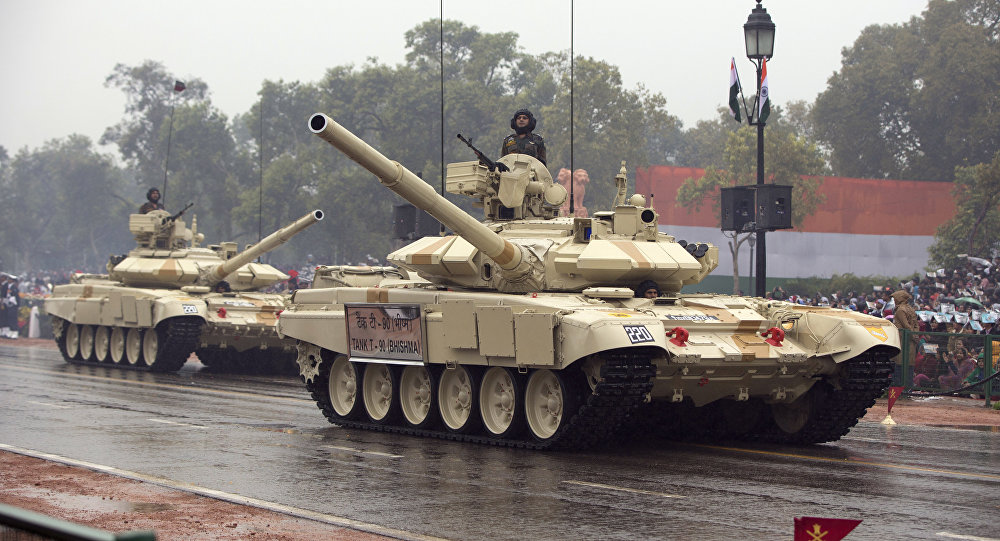 Beijing Warns about Economic Costs After India Deploys Tanks to its Border