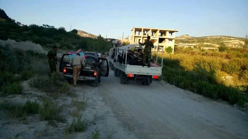 Massive convoy of Syrian Army reinforcements arrive in northern Latakia