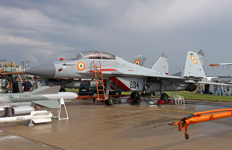 Indian Experts: MiG-29Ks Are Being Delivered to India in 'Substandard Configuration'