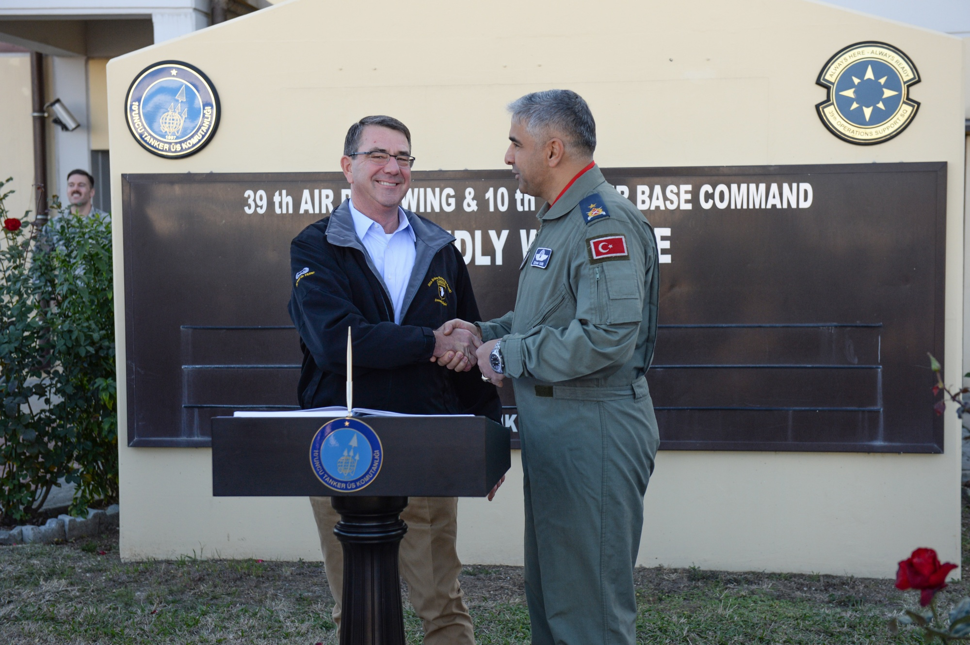 Commander of Incirlik Air Base Housing US Nukes Detained for Complicity in Coup Attempt