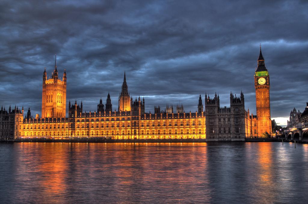 British Parliament: Gulf States Financing ISIS Militants