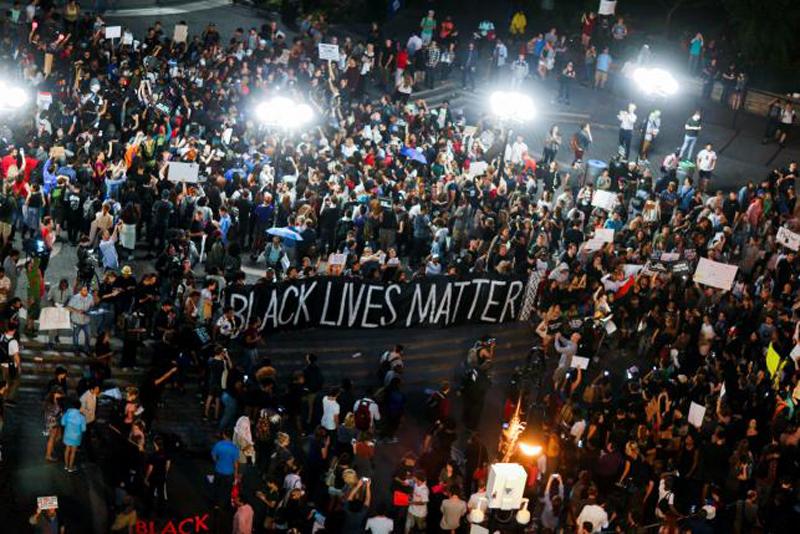 Protests Against Killings of Black Men Block Roads in US Cities