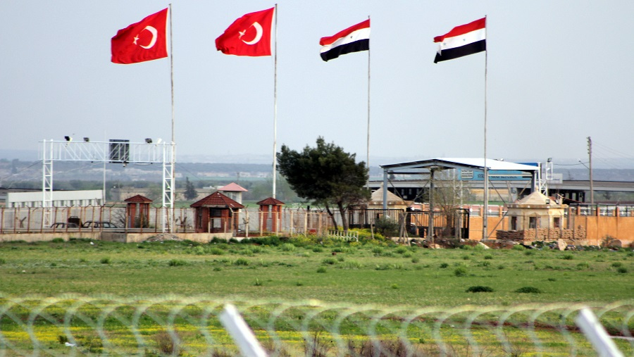 Turkey May Close Syrian Border at Russia's Request - Reports