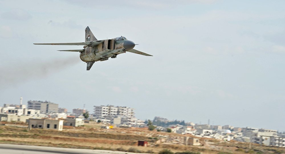 Syrian Air Forces Hit Long Convoy of ISIS Vehicles in Homs