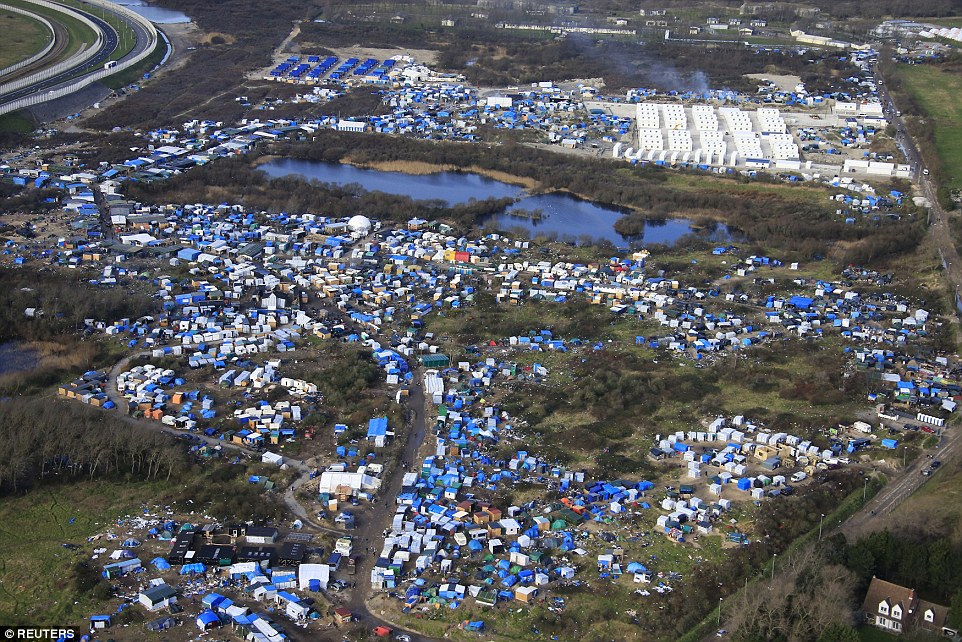 New Record of Calais 'Jungle' Population - 6,901 Migrants