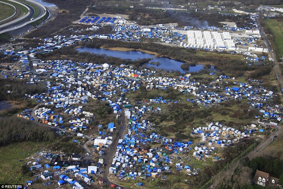 New Record of Calais 'Jungle' Population - 6,901 Migrants