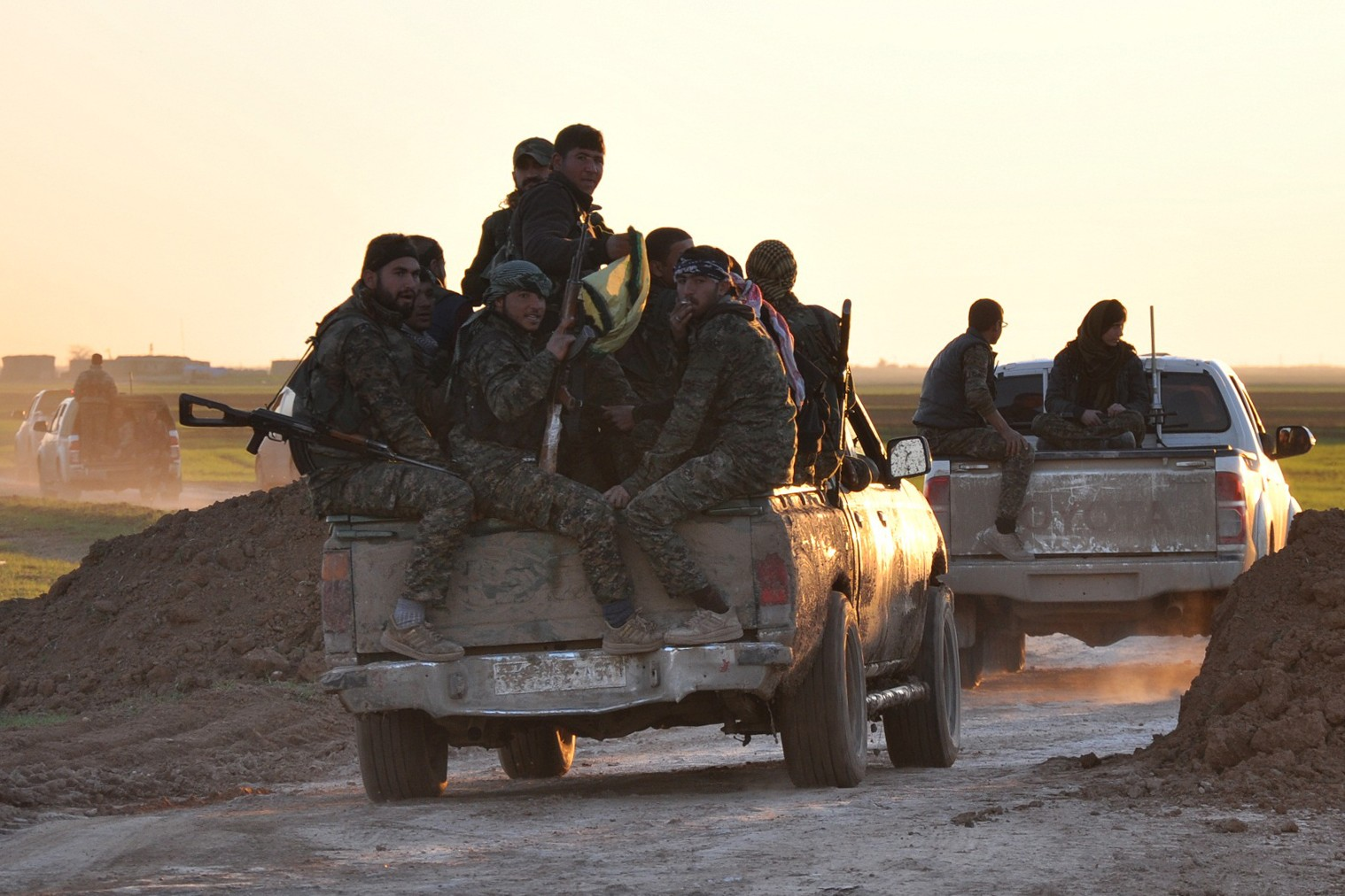 Pro-US Sources: Tensions Between Kurds and Syrian Government Grow