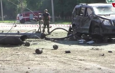 Donbass: Bomb Attack Sends LPR Head to the Hospital