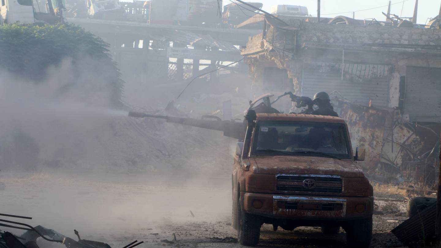 Syrian & Russian Airstrikes Destroy 37 Vehicles of Terrorist Groups in Aleppo