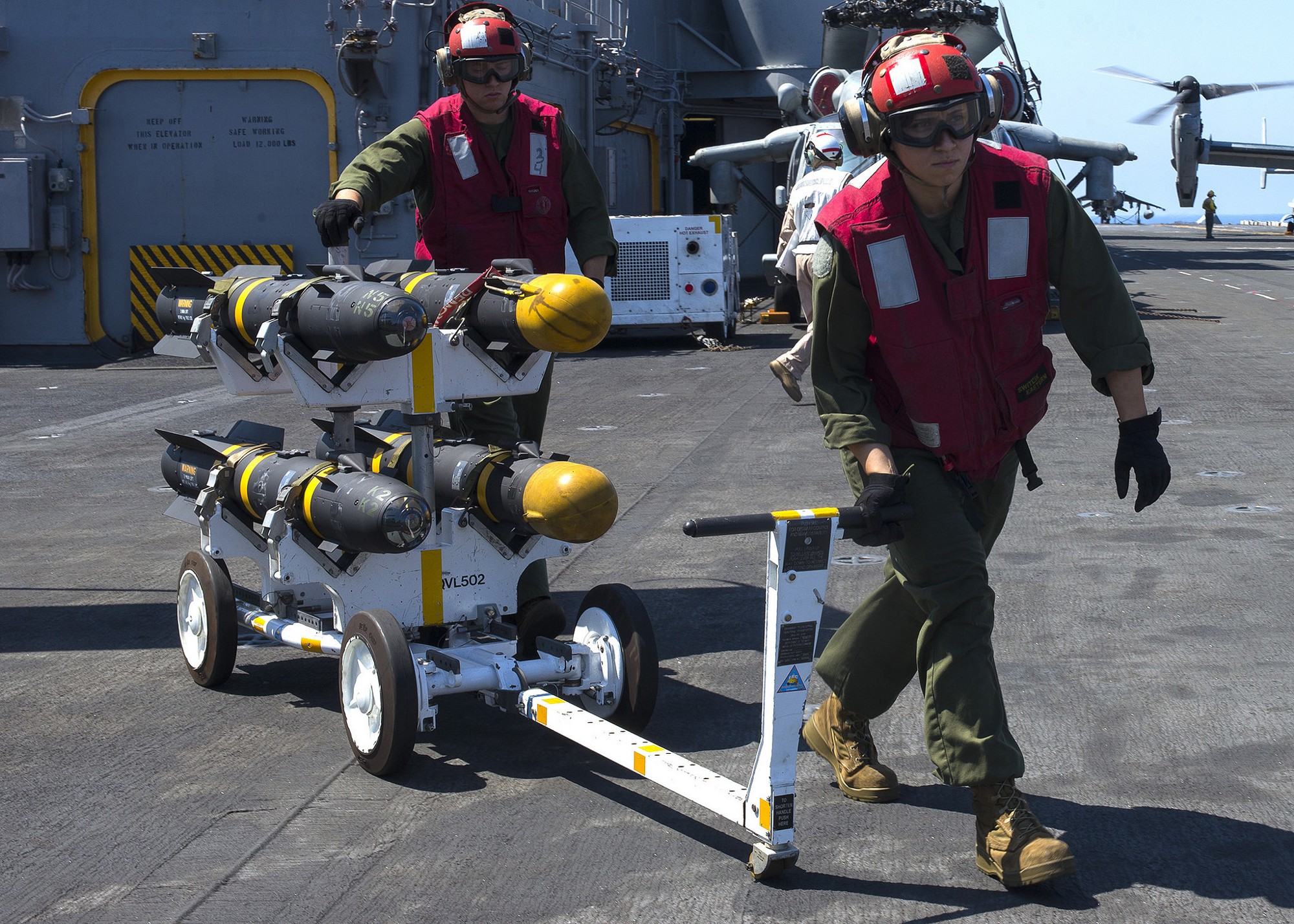 US Marines Launches Prohibited Thermobaric Missiles in Libya