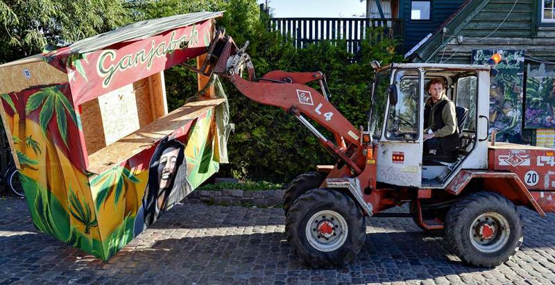 Pissed-off Copenhagen Residents Destroy Local 'Hashish Supermarket' (Video)