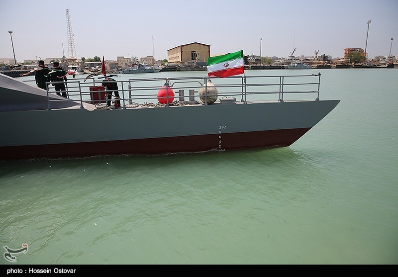 Iran Unveils New High-Speed Ship with Warning Message for US Navy (Photo & Video)