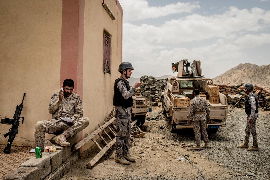 """Inside Saudi Arabia's Yemen """"War Rooms"""". Saudi Forces Target Civilians…"""