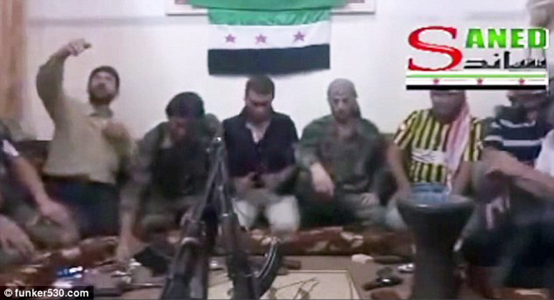 Syrian Rebel Blows Himself & His Comrades Up Trying to Take Selfie (Video)